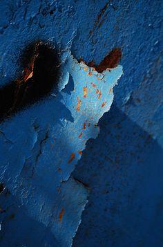 singing the blues by sharkoman, via Flickr