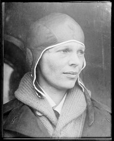 Earhart - first girl to fly the ocean. Amelia Earhart - first girl to fly the ocean.Amelia Earhart - first girl to fly the ocean. Amelia Earhart, Kansas, Great Women, Amazing Women, Famous Women, Famous People, Amelie, Old Photos, Vintage Photos
