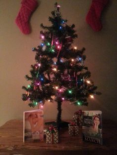 #ChickLit4Xmas Samantha March: How sweet is this little tree?