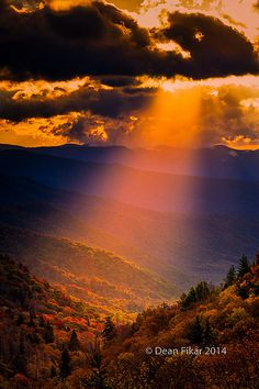 Autumn Sunrise in the Smoky Mountains National Park, Tennessee