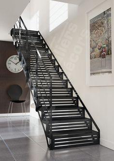 Escalier m tallique droit sur limons collat raux marches en caillebotis acier art m tal - Gartenarchitektur software ...