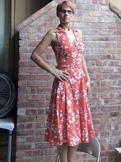Vintage looking dress!