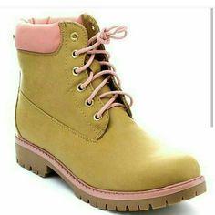 Botas disponibles por encargos.  Tamaños (6-10) Pedido vía WhatsApp  809-704-1908 #begirly #girlygirl #RD #muñecas  #fashionrd #totallook  #pinkgirl  #lookinspiration #modard #heels #zapatos #tacones #zapatillas #girlyshoes #shoes #shoesoftheday  #vintage  #vintagestyle  #boots #construccion #bootsconstruction #botas #ingenierasfemeninas #botasingenieria #ingenieriacivil #civilingennier #ingennier #ingenniering by begirlyrd