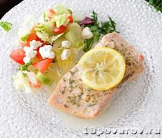 Salmon baked in foil delivers tender and flavorful salmon with very little cleanup. The foil traps moisture inside to prevent the salmon from drying out. Salmon Recipe For One, Recipe For 1, Easy Dinners For One, Meals For One, Easy Meals, Single Serving Recipes, Baked Salmon Recipes, Masala Recipe, Cooking For One