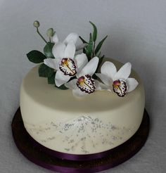 Birthday cake with orchids by Anka Orchid Wedding Cake, Orchid Cake, One Tier Cake, Single Tier Cake, Floral Cupcakes, Floral Cake, Gorgeous Cakes, Amazing Cakes, Cake Receipe