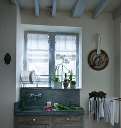 My French Country Home, French Living - Sharon Santoni Rustic Sink, Decor, Home, Metal Sink, Interior, Kitchen Design, My French Country Home, Shabby Chic Decor, French Farmhouse Kitchen