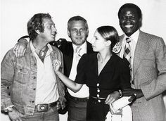 Steve McQueen, Paul Newman, Barbra Streisand, and Sidney Poitier. 4 heroes in one photo.