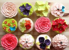 GORgeous cupcake toppers!