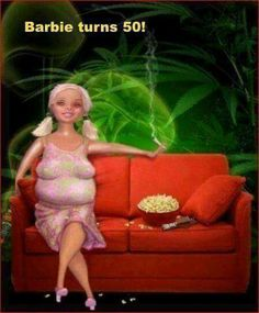 Did you know that Barbie is 54 years old? She was born in 1959 and has sold over 1 billion Barbie dolls. Barbie has had over 100 different jobs and is single since she dumped Ken in ya Barb! Fat Barbie, Barbie Et Ken, Barbie Barbie, Barbie Stuff, Barbies Dolls, Princess Barbie, Malibu Barbie, Dolls Dolls, Menopause Humor