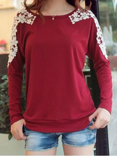 Stylish Scoop Neck Lacework Splicing Loose-Fitting Long Sleeve Women's T-Shirt