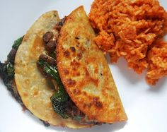 Cassie Craves: Crunchy Black Bean and Spinach Tacos