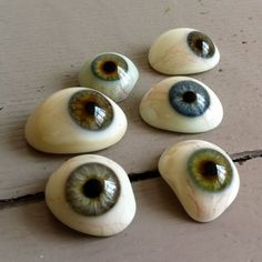 """creepy cool craft idea - paint eyeball rocks normally I don't """"get"""" the whole painted rocks thing for anyone over the age of, say, 9 years. These, I like.::"""