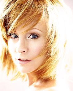 the light that guides me home | reba mcentire.