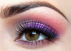 Best makeup for hazel eyes! To make it easier for all you brown Hazel eyed-beauties, we laid down which colors are the best eyeshadow for brown eyes &Hazel eyes Eyeshadow For Brown Eyes, Best Eyeshadow, Purple Eyeshadow, Makeup For Brown Eyes, Smokey Eye Makeup, Colorful Eyeshadow, Eyeshadow Looks, Colorful Makeup, Eyeshadow Makeup