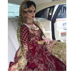 Pin by iqra ullah on wedding diaries (pakistani) индийская о Pakistani Wedding Outfits, Pakistani Wedding Dresses, Bridal Outfits, Indian Dresses, Indian Outfits, Asian Bride, Indian Bridal, Bridal Style, Indian Fashion
