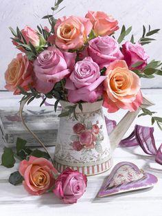 Marianne Lokshina – Bouquet Of – Blumenmädchen Deco Floral, Arte Floral, Floral Design, My Flower, Flower Vases, Beautiful Flowers, Cactus Flower, Exotic Flowers, Purple Flowers