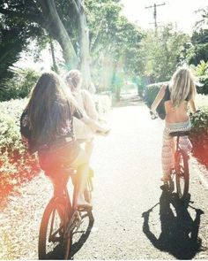 start of the adventure.  Girls on bikes, maybe a wallaby passing,.