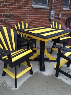 PITTSBURGH STEELERS OUTDOOR FURNITURE Steelers Helmet, Steelers Football, Steelers Stuff, Funky Painted Furniture, Cool Furniture, Outdoor Furniture, Patio Chairs, Patio Tables, Here We Go Steelers