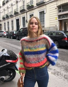 Casual Winter Outfits, Cool Outfits, Fashion Outfits, Knitwear Fashion, Knit Fashion, Knitting Blogs, Crochet Woman, Mohair Sweater, Fashion Moda