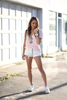 for grown ups in 2019 женский стиль, красивые Short Outfits, Girl Outfits, Summer Outfits, Cute Outfits, Jessica Ricks, Women With Beautiful Legs, Beautiful Asian Girls, Fashion Days, Fashion Models