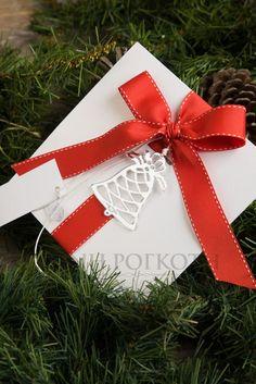 Χριστουγεννιάτικο προσκλητήριο με διακοσμητικό καμπανούλα #christmasinvitation #christmaswedding