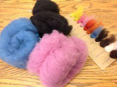J'ai ces couleurs....que vais-je faire? À suivre.... Fur Slides, Creations, Fashion, Knits, Colors, Moda, La Mode, Fasion, Fashion Models