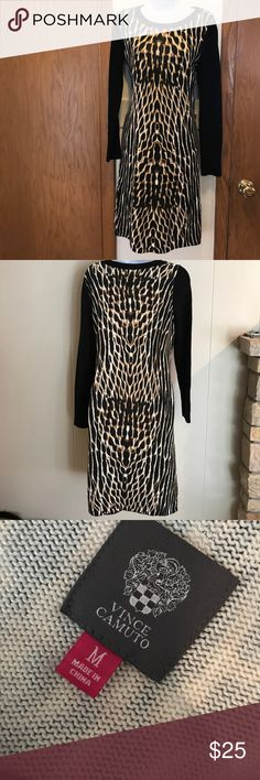 sweater dress ❤️ Vince Camuto sweater dress, size M. Like new! Very cute and stylish! Vince Camuto Dresses