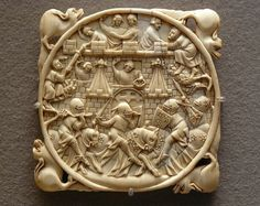 Siege of the Castle of Love, Gothic ivory carving (on mirror case), Paris, c. 1325 – 1350.