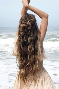 35 Boho Inspired Unique And Creative Wedding Hairstyle – My Stylish Zoo - - oldpic.site - 35 Boho Inspired Unique And Creative Wedding Hairstyle – My Stylish Zoo - 35 Boho Inspired Unique And Creative Wedding Hairstyle – My Stylish Zoo - Wedding Hair Down, Wedding Hairstyles For Long Hair, Pretty Hairstyles, Bohemian Hairstyles, Hairstyle Ideas, Hippie Wedding Hair, Wedding Hairsyles, Bohemian Braids, Bridal Hairstyle