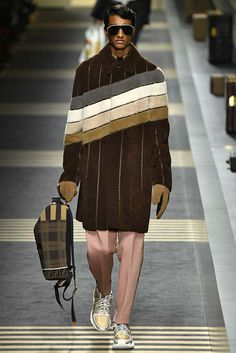 Fendi, Fall 2018, Milan, firstVIEW.com