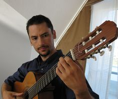 Having earned his Doctor of Musical Arts degree from USC's Thornton School of Music, Emre Sabuncuoglu teaches music theory, composition, and film scoring in addition to Flamenco, Latin, and classical guitar lessons.