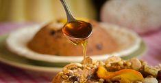 Χαλβάς Σιμιγδαλένιος χωρίς ζάχαρη. Όλο γλύκα, θρέψη και νοστιμιά στο φουλ! | HuffPost Greece Sweet Tooth, Cereal, Honey, Cooking, Breakfast, Desserts, Cakes, Food, Kitchen