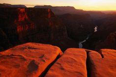 Sandstone Rim, Grand Canyon National Park    Sandstone Rim at Toroweap Point.