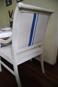 Check out this awesome vintage chair reupholster and paint! Love how it turned out! #chair_reupholstery #chair #vintage