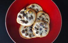 C'est l'été, on se fait plaisir le temps d'un goûter avec notre recette super simple de cookies sans gluten et sans lait en vidéo !