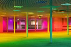 Your Colour Perception in Manchester/UK The stunning transition through the spectrum, from glowing blue to intensive pink, enabled visitors to subject themselves to an overwhelming, memory-evoking colour perception experience. Light art installation: Liz West  Photos: Stephen Iles