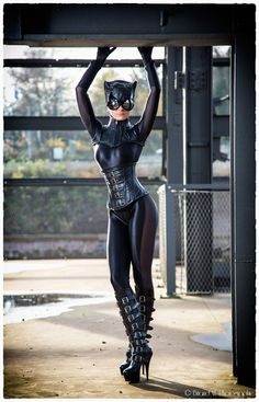 Catwoman Cosplay http://geekxgirls.com/article.php?ID=4999