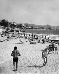 https://flic.kr/p/dg399K | Beach in San Remo 1949 | Plagen i San Remo 1949  tag:  Photograph by: Kostich Photo  Date: 1949 Photo Nr: 2218-293 sparvagsmuseet.sl.se