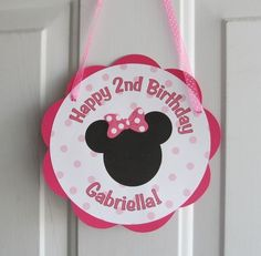 minnie mouse theme for entrance