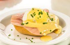 Výborná snídaně nebo svačinka, při které nemusíte šlehat zdlouhavě omáčku ve vodní lázni. Eggs, Breakfast, Food, Morning Coffee, Essen, Egg, Meals, Yemek, Egg As Food