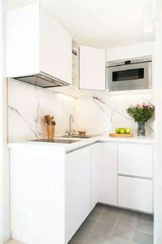 Studio Paris 16 totalmente renovado por un diseñador de interiores. Micro Kitchen, Small Space Kitchen, Little Kitchen, New Kitchen, Kitchen Decor, Decorating Kitchen, Compact Kitchen, Kitchen Designs, Decorating Ideas