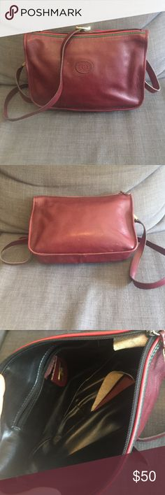 Authentic Gucci bag In used condition. Vintage gucci bag. Authentic. Inside the lining has been coming off. Probably an easy fix. Crossbody style. Maroon color Gucci Bags Crossbody Bags