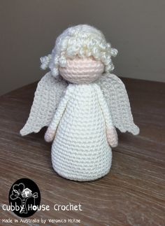 Risultati immagini per Cubby Amigurumi nativity Crochet Christmas Ornaments, Christmas Knitting, Etsy Christmas, Christmas Angels, Knitted Dolls, Crochet Dolls, Loom Knitting, Baby Knitting, Cute Crochet