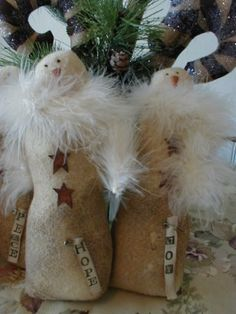"Snowmen... ""without the feathers"" :: I agree: lose the feathers ...!"