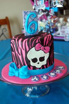 Custom Cakes By Stef: Monster High (zebra) Cake 7th Birthday, Birthday Parties, Birthday Cakes, Monster High Birthday Cake, Birthday Cake Decorating, Custom Cakes, Cooking Recipes, Desserts, Party Ideas