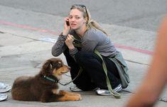 Amanda Seyfried y su can, inseparables desde que era cachorrito.