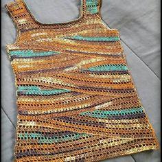 Schau dir mehr von diesem Shop auf Etsy an, einem globalen Marktplatz für kreative Unternehmen. Débardeurs Au Crochet, Mode Crochet, Freeform Crochet, Crochet Stitches, Crochet Cross, Crochet Tank Tops, Crochet Summer Tops, Crochet Cardigan Pattern, Crochet Patterns