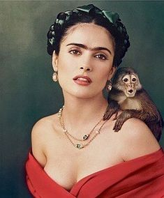 Salma Hayek as Frida Kahlo by Annie Leibovitz. I really have to look closely at this one to make sure it wasn't a painting. Salma Hayek as Frida Kahlo by Annie Leibovitz. I really have to look closely at this one to make sure it wasn't a painting. Annie Leibovitz Photos, Annie Leibovitz Photography, Anne Leibovitz, Frida Kahlo Salma Hayek, Frida Salma, Diego Rivera, Famous Photographers, Portrait Photographers, Frida Art