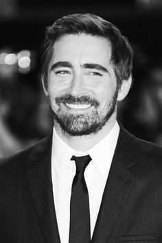 #LeePace at the world premiere of The Hobbit: The Battle of the Five Armies at London's Leicester Square, Dec. 1 2014.  Black and white edit.