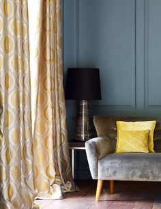 Jane Churchill's Carus (drapes), Calino (sofa), Mela (pillows) #interiors #janechurchill #textiles